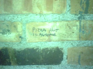 Pizza Hut is Awsome Graffiti